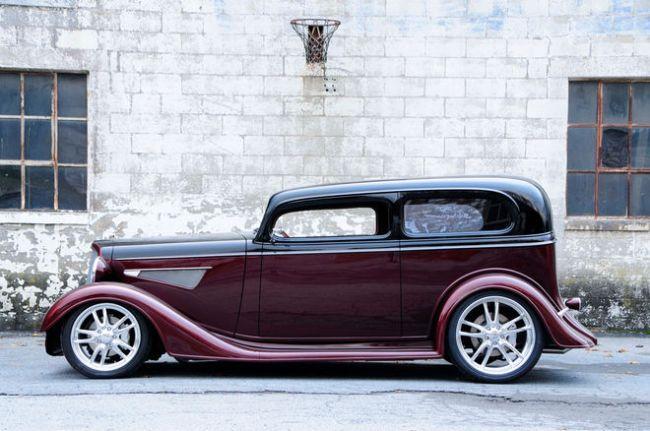 1934-chevy-sedan-maloney-left-profile