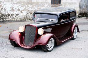 1934-chevy-sedan-maloney-three-quarter-view-2-1