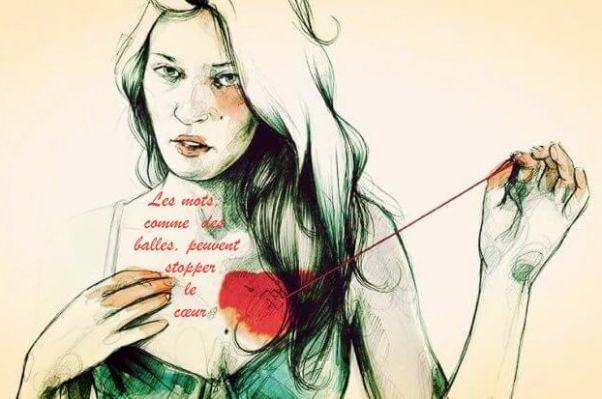 Femme-se-touchant-le-coeur-768x413