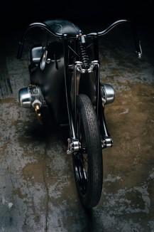 Custom-BMW-Motorcycle-13-740x1112