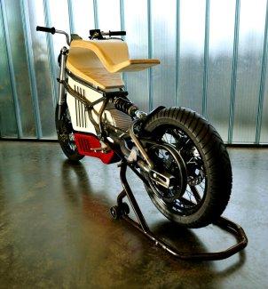 E-RAW-moto-électrique-bois-design-Martin-Hulin-blog-espritdesign-2