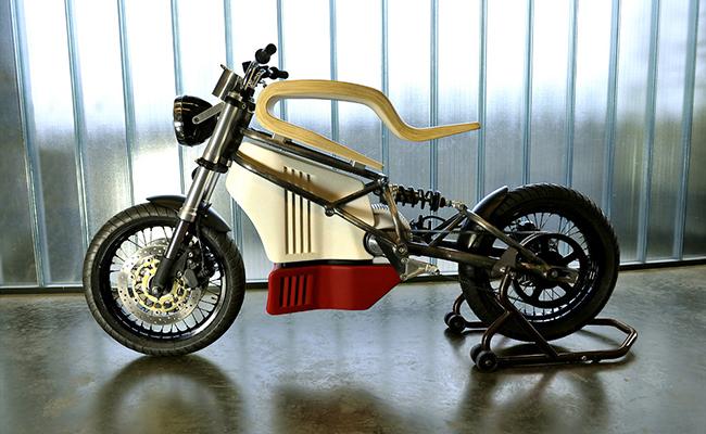 E-RAW-moto-électrique-bois-design-Martin-Hulin-blog-espritdesign-4