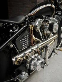 Harley-Knucklehead-by-Rough-Crafts-15