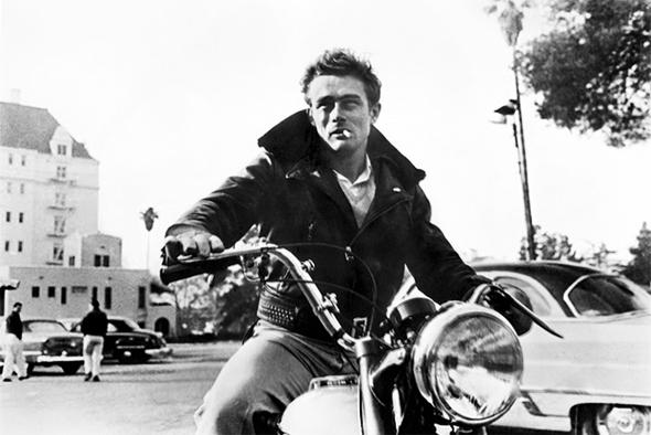 Marlon-Brando-a-moto