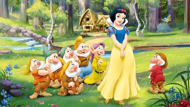 Personnages-celebres-Walt-Disney-Blanche-neige-et-les-sept-nains-337342